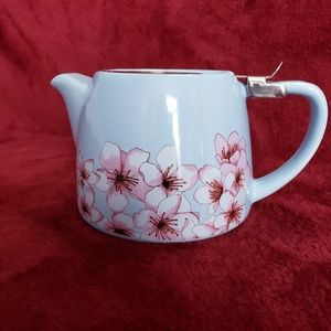 Other - SMALL TEAPOT WITH STRAINER - SINGLE CUP
